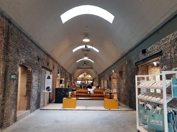 Novoteak lamp en design - Loods5 Maastricht